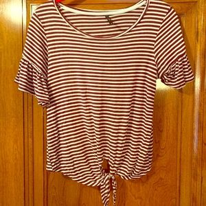 Maroon and white striped juniors t shirt